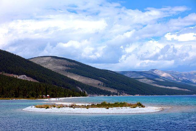 Największe atrakcje Mongolii - Jezioro Chubsuguł