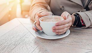 Manicure na jesień. Jakie propozycje są najmodniejsze? Znajdź idealną inspirację dla siebie