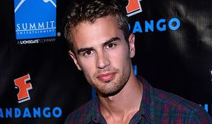 Theo James chce superbohatera-geja