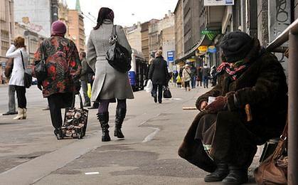 CBOS: najmniejsze od 10 lat poczucie zagrożenia biedą