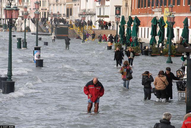Powodzie to jedne z wielu skutków zmian klimatu.