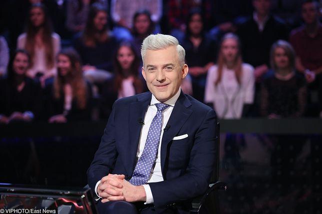 """Hubert Urbański, prowadzący """"Milionerów"""""""
