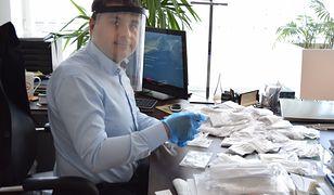 Samorządy walczą z koronawirusem. Prezydent Puław chce, żeby każdy mieszkaniec dostał wielorazową maseczkę