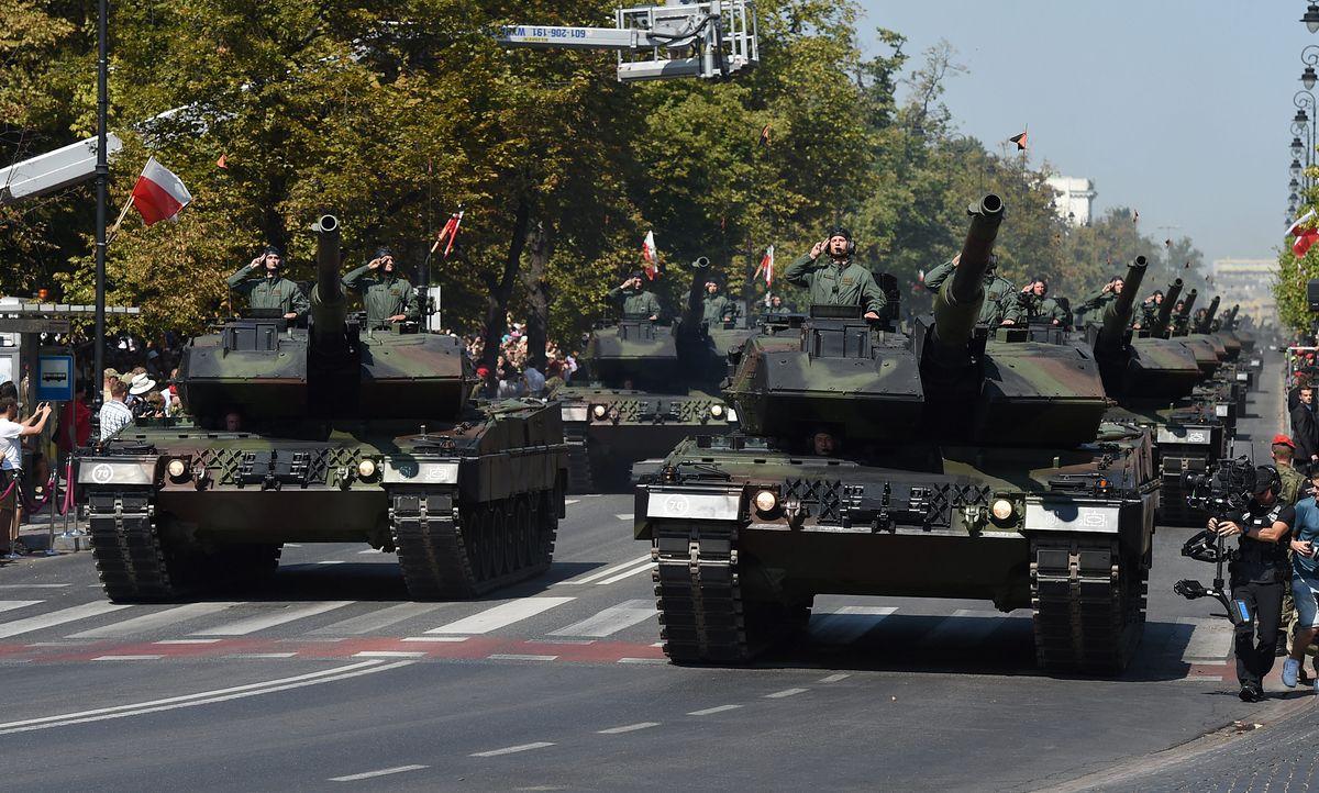 Uroczystości z okazji święta Wojska Polskiego. Spore utrudnienia ruchu drogowego