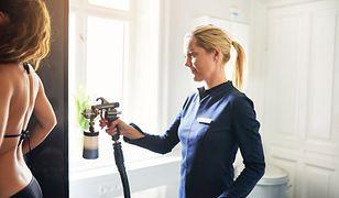 Opalanie natryskowe uważane jest za bezpieczną metodę opalania