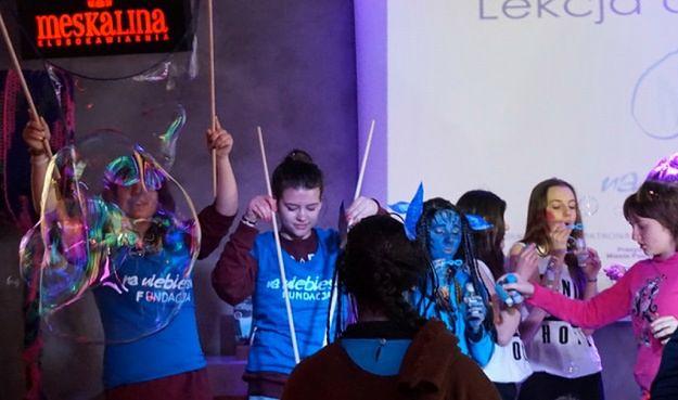 Niezwykła akcja w Poznaniu. Puszczali bańki dla dzieci chorych na autyzm