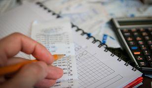 Polacy odczuwają wzrost rachunków i cen w sklepach