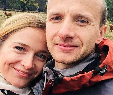 """""""Rolnik szuka żony"""". Paweł i Marta zaręczeni! Pokazali okazały pierścionek"""