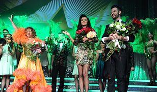 Małgorzata Potocka (po lewej) i Natalia Siwiec na scenie Teatru Sabat