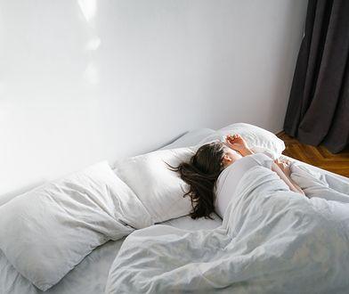 Problemy ze snem? Sprawdź, jakie błędy popełniasz przed pójściem do łóżka