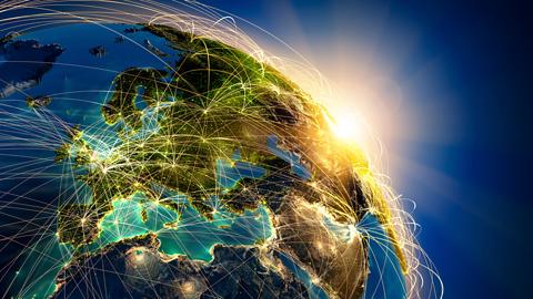 [MWC 2015] Przyszłość Internetu według Huawei i Ericssona – 5G czy... 4.5G?