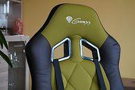 Żonka pracuje zdalnie na fotelu Genesis Nitro 330: Military Edition. Wrażenia z użytkowania i grania