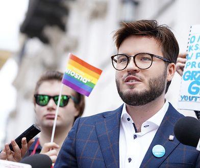 Działacz LGBT, Bart Staszewski, zapowiedział zawiadomienie do prokuratury w sprawie bulwersującej wypowiedzi mieszkańców Godzieszowa