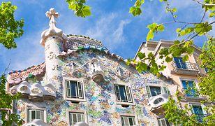 Casa Batlló to jeden z najbardziej unikalnych zabytków Barcelony.