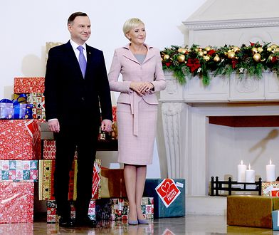 """Agata Duda i Andrzej Duda przekazali """"Szlachetną paczkę"""""""
