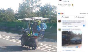 Jechał skuterem na wakacje ze wszystkimi bagażami. Zatrzymała go policja