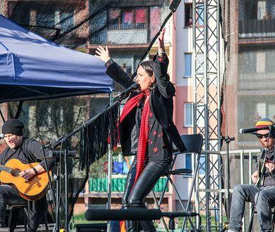 Kasia Kowalska dała koncert na osiedlu w Ciechanowie 2 maja