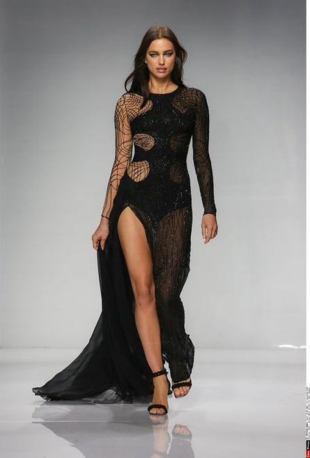 Irina Shayk na pokazie Versace