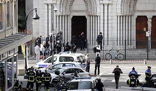 """Francja. Atak nożownika w Nicei. Zabici i ranni. """"Kobiecie odcięto głowę"""""""