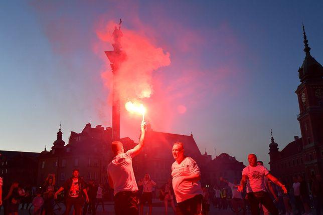 Kibice Legii Warszawa świętują tytuł mistrza Polski