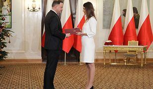 Danuta Dmowska-Andrzejuk ministrem sportu. Prezydent Andrzej Duda wręczył nominację