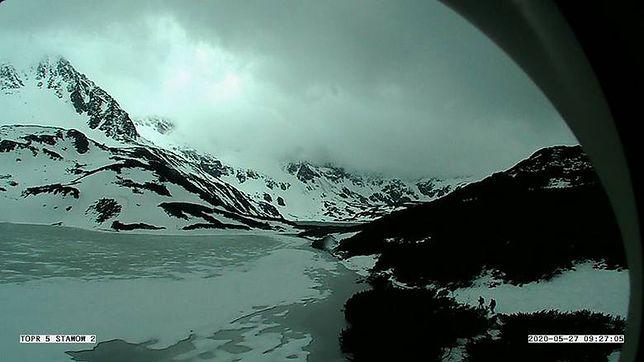 W Tatrach spadł śnieg. TOPR ogłosił pierwszy stopień zagrożenia lawinowego