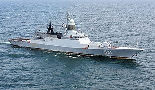 Rosyjskie korwety ćwiczą na Bałtyku. Moskwa sprawdza obronę przeciwrakietową
