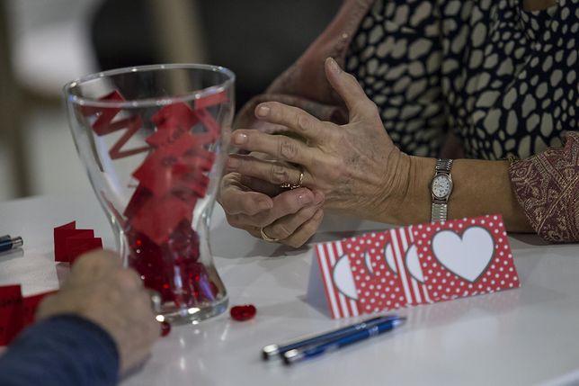 Coraz częściej rozwodzą się pary po 60.