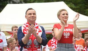 Agata i Andrzej Dudowie dopingowali naszych z Warszawy