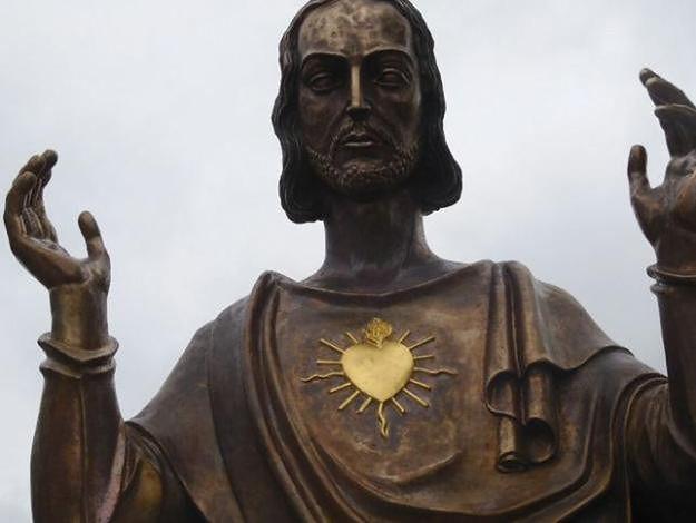 Figura Jezusa stanie na placu Mickiewicza w Poznaniu - będą protesty?