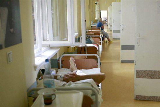 NFZ wyda miliony na szpiegowanie lekarzy i pacjentów