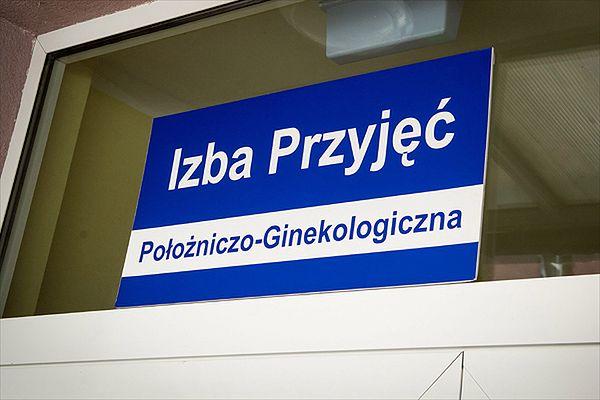 Ciężarna z niemal 5 promilami alkoholu trafiła do szpitala w Skierniewicach. Dziecko nie żyje