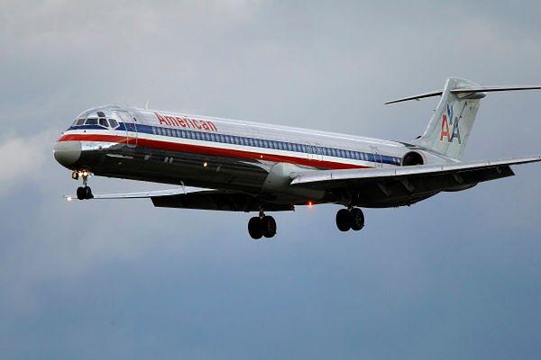 Sprawczyni alarmu w samolocie może wrócić do Francji