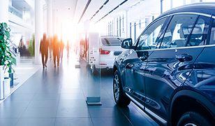 Policyjny VW Passat-celebryta na sprzedaż
