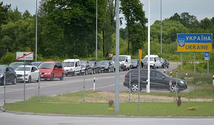 Chęć oszczędzenia sprawia, że ukraińscy kierowcy często przekraczają polską granicę.