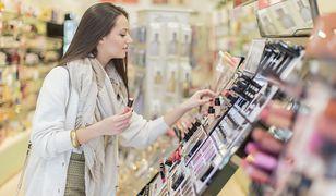 5 kosmetyków do makijażu, na które wydasz nie więcej niż 20 zł. Zdziałają cuda!