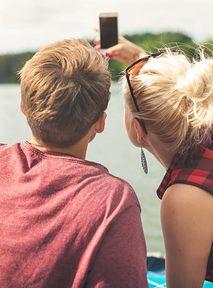 Jak poderwać na Tinderze swoją walentynkę? Naukowcy podpowiadają