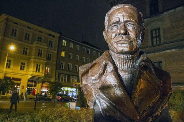 Pomnik aktora Romana Wilhelmiego
