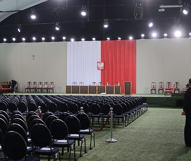 Wynajem i przygotowanie tego namiotu na obrady Zgromadzenia Narodowego kosztowało ponad milion złotych