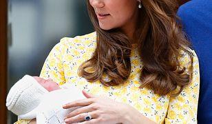 """Keira Knightley uderza w Kate Middleton. """"Wyszła idealna 7 godzin po porodzie, ja krwawiłam"""""""