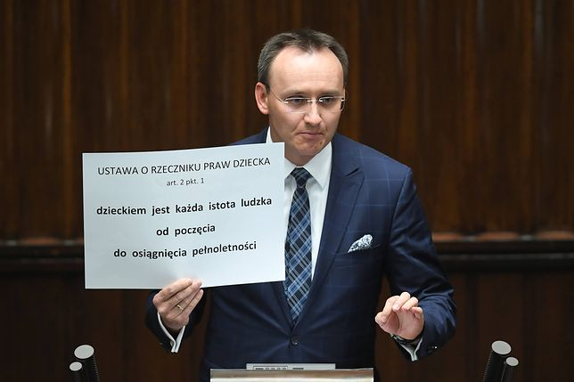 Rzecznik Praw Dziecka stwierdził, że w Poznaniu edukatorzy podawali dzieciom środki farmakologiczne