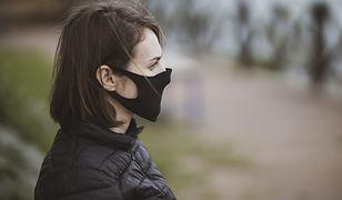 Ekspert: brak maseczki ochronnej zwiększa ryzyko zakażenia koronawirusem