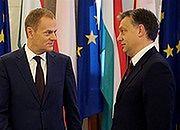 Donald Tusk i Victor Orban podczas spotkania w Warszawie w grudniu 2010 r.