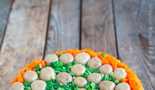 Sałatka grzybowa polana. Pięknie wygląda, pysznie smakuje