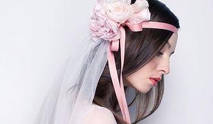 Jak dobrać dodatki do stroju ślubnego?
