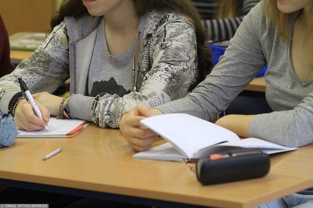 Edukacja seksualna w szkole. Wyniki sondażu