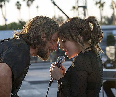 """Bradley Cooper i Lady Gaga w filmie """"Narodziny gwiazdy"""""""