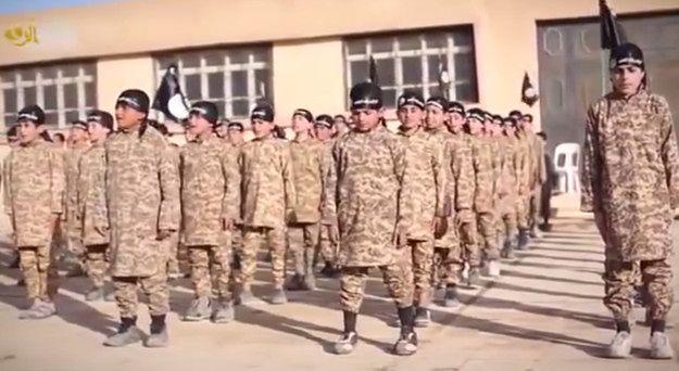 Kadr z propagandowego nagrania ISIS