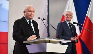 Jarosław Gowin i Jarosław Kaczyński na wspólnej konferencji