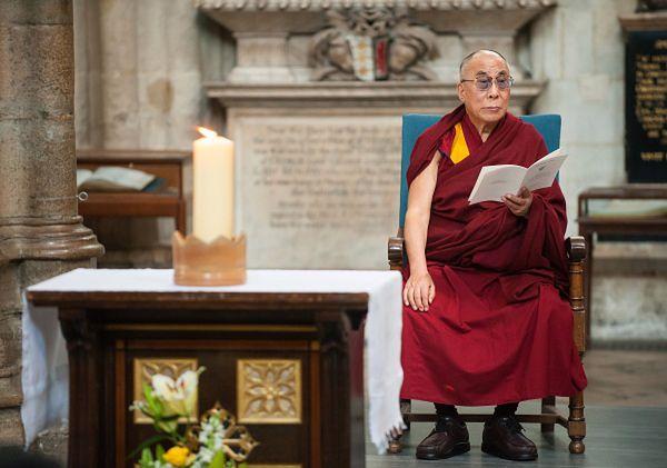 Dalajlama nie ma za złe władzom, że się z nim nie spotkają